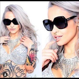 Retro Sunglasses 🖤 NWT Sunnies